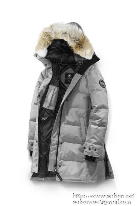 肌触り柔らかくCANADA goose カナダグース ダウンジャケット偽物 迷彩 ブラック レディースダウンコート 4色可選