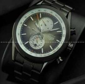 抜群の視認性タグホイヤーコピー メンズ腕時計 サファイヤクリスタル風防 44.005mm 黒.