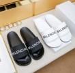 今大流行中のBALENCIAGA サンダル ユニセックス バレンシアガ 新入荷 抜群な履き心地 超レアお洒落 カジュアル 夏靴 部屋靴