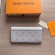 話題沸騰中の2019夏季新作 現地価格お得な春夏新作 ルイ ヴィトン LOUIS VUITTON 財布 2色可選