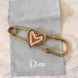 累積売上額第1位獲得 Diorカジュアルなデザイン 大好評N級品高級ブランド   ディオールコピーブローチ 魅力的な装飾支持が急上昇