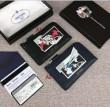 素材感に注目 プラダPRADA ジップアラウンド財布 2色可選 定番人気のカラー