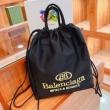 人気販売中  バレンシアガ BALENCIAGA 2021春夏 バケツ袋 リュック、バックパック 31x33cm 2色可選 BALENCIAGAスーパーコピー 人気 ランキング